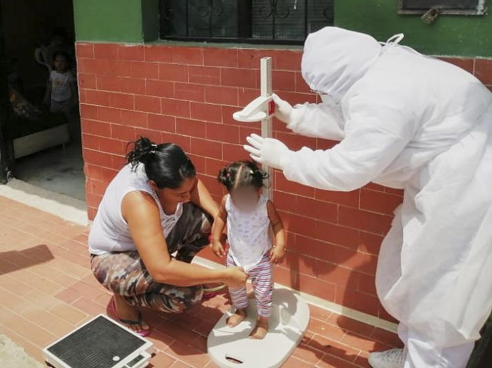 ICBF realiza seguimiento nutricional a beneficiarios en Santander