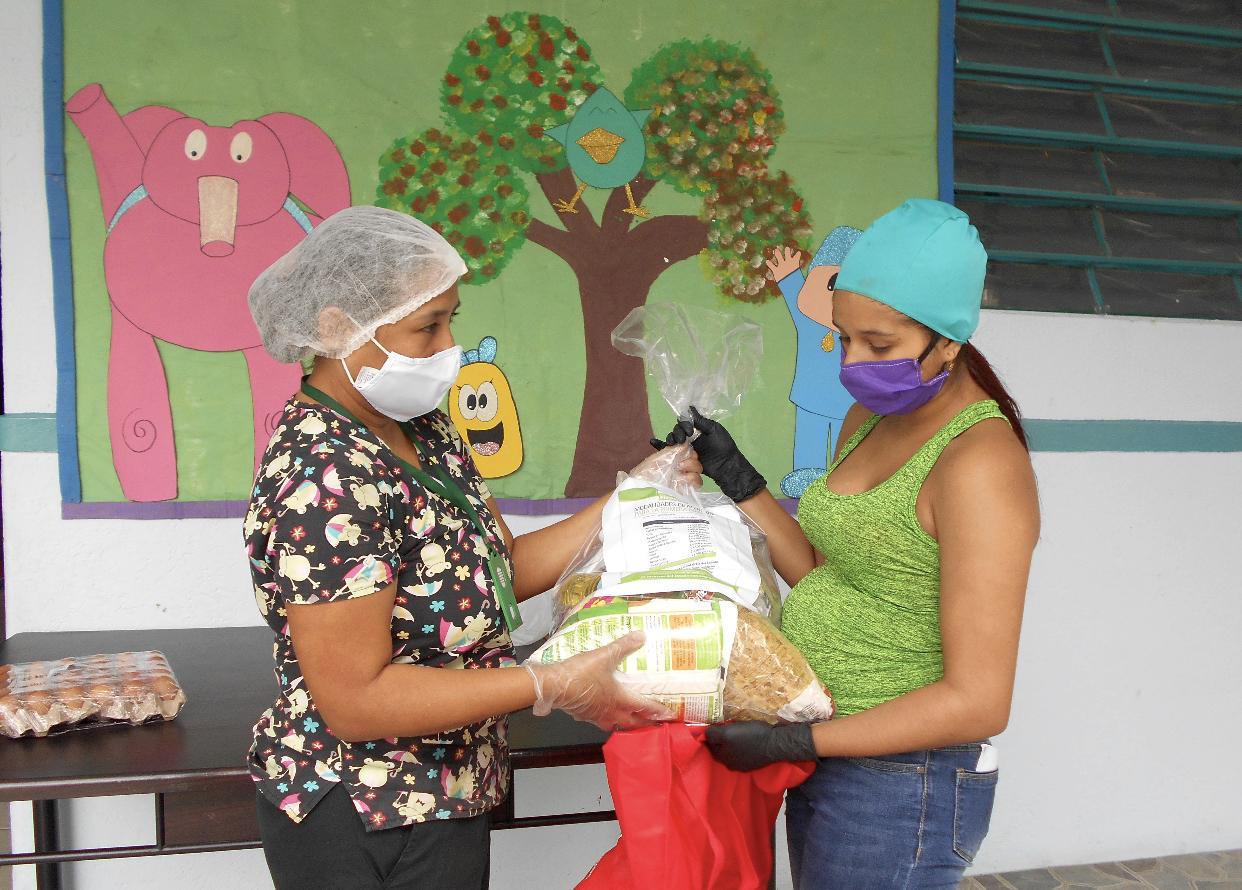 ICBF lideró Mesa Pública sobre la atención a la primera infancia en el Quindío
