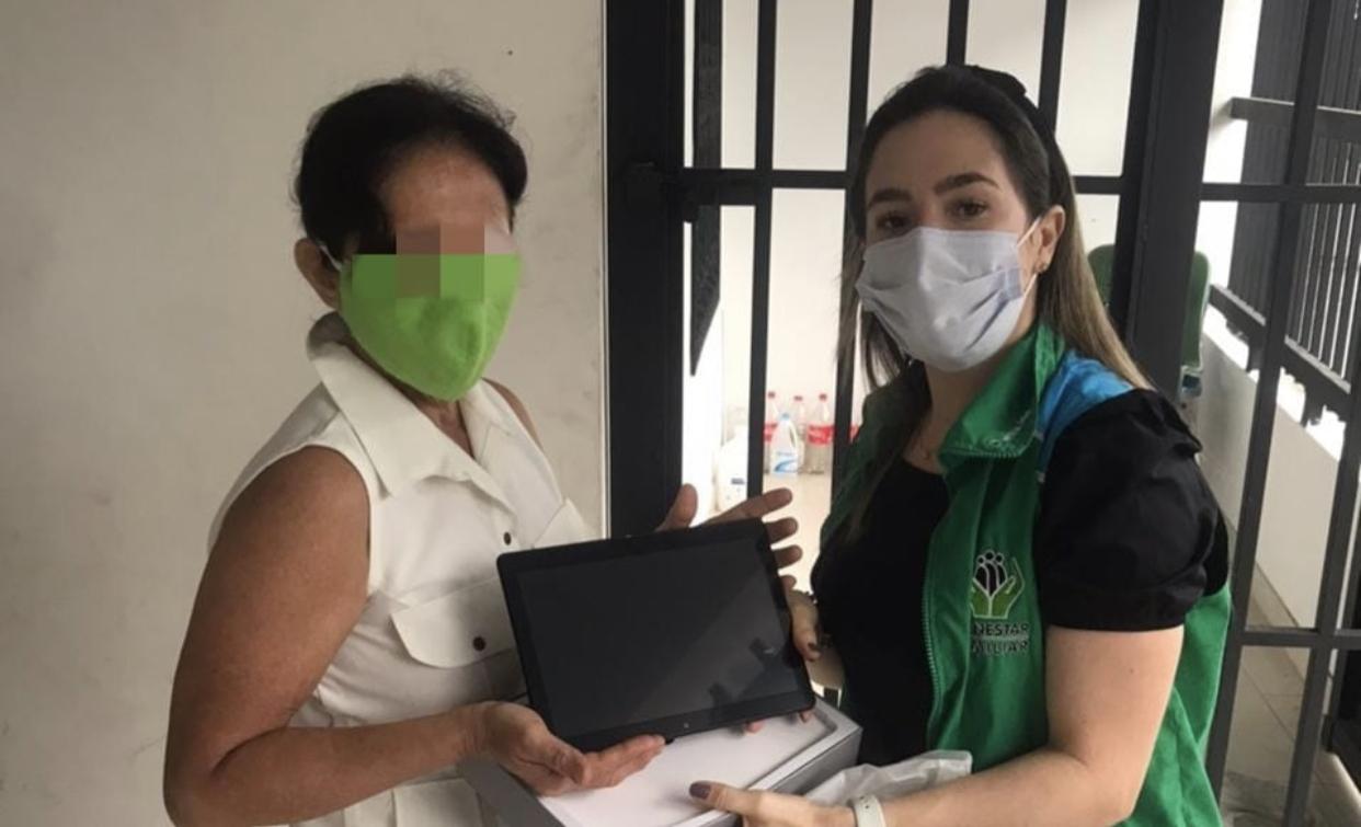 ICBF entrega tabletas a madres sustitutas de Arauca