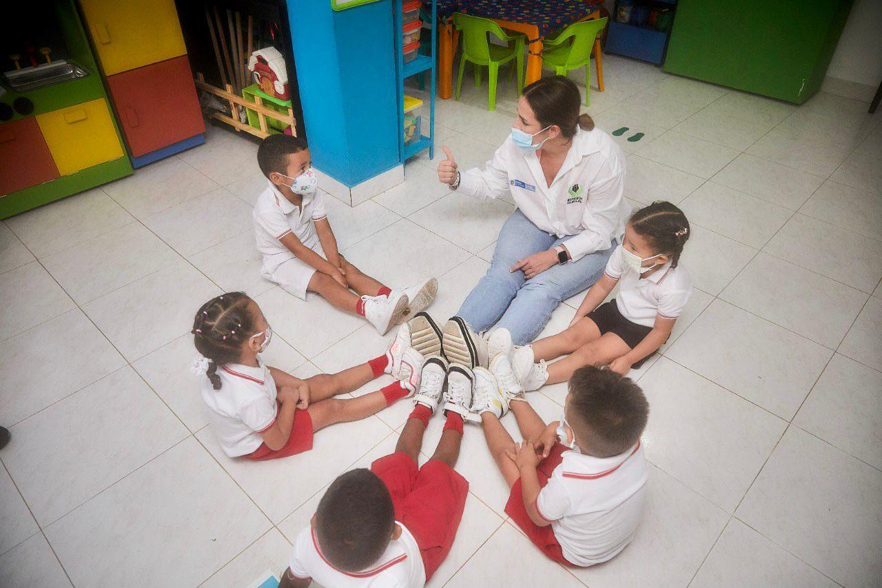 Desde Turbana en Bolívar, Directora del ICBF promueve la presencialidad en unidades de servicio
