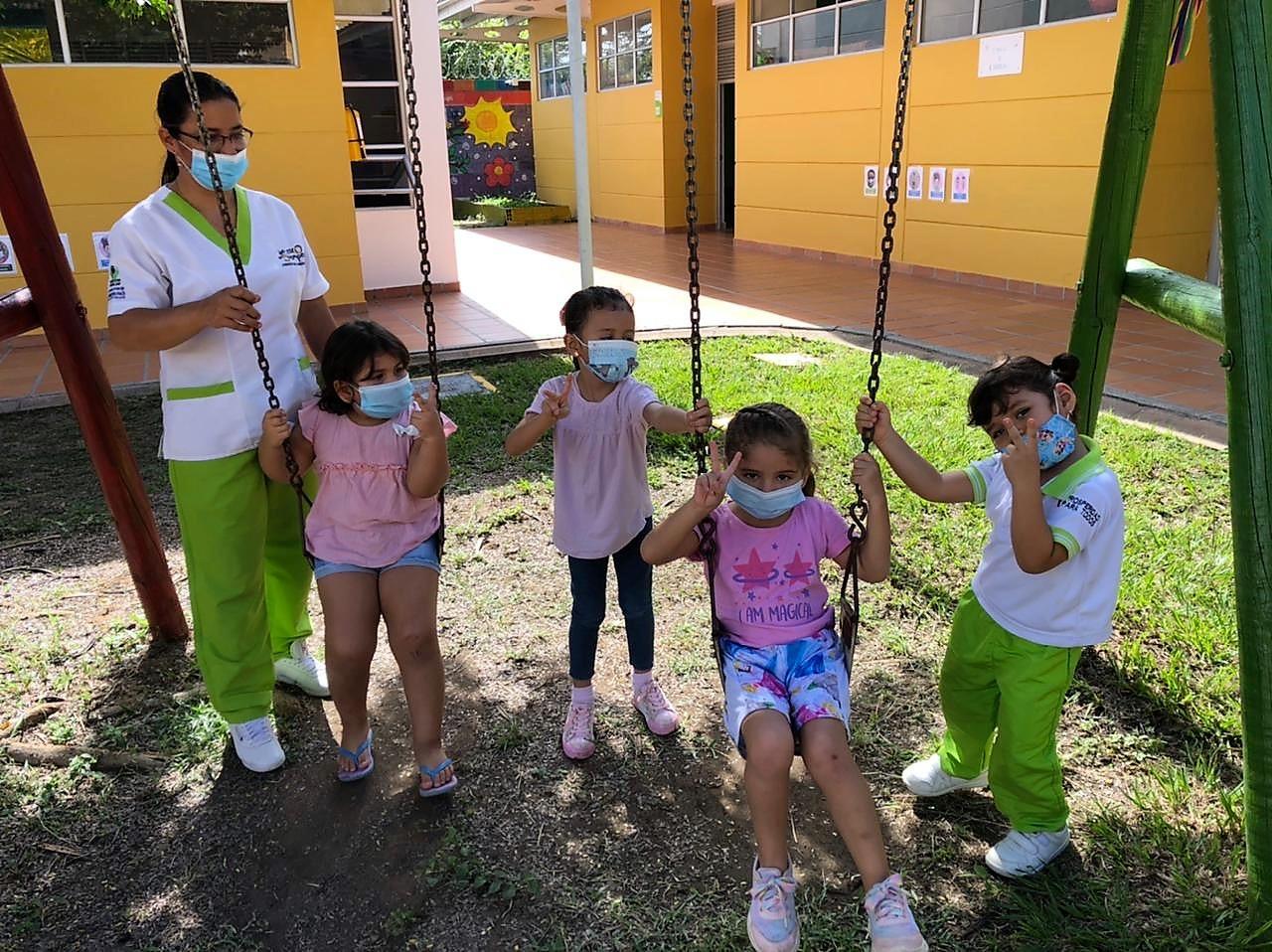 El Instituto Colombiano de Bienestar Familiar (ICBF) ha habilitado 57 Unidades de Servicio (UDS) para el regreso a la educación inicial en el departamento del Huila, donde son atendidos más de 2.000 niñas y niños en los municipios de Neiva, Garzón, Íquira