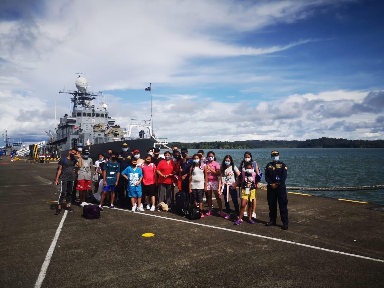 Niños, niñas y adolescentes bajo protección del ICBF viajan a Bahía Málaga para conocer el mar