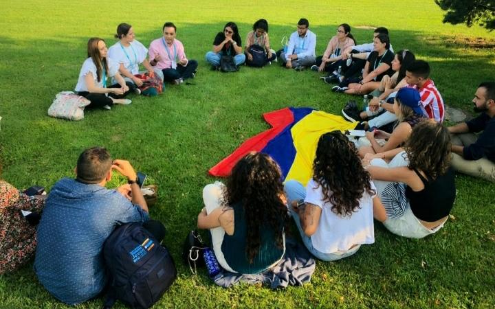 Iniciativas del Gobierno por la niñez y la juventud se fortalecen en la agenda internacional