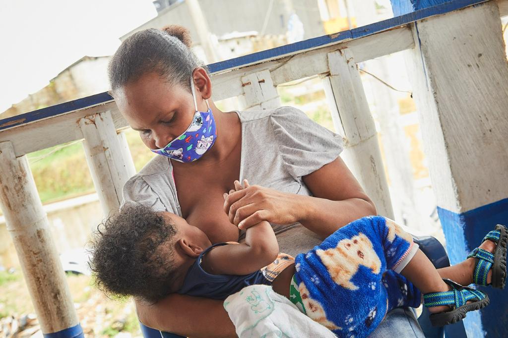La leche materna salva vidas y contribuye al desarrollo del país