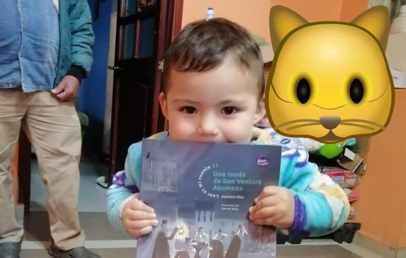 Primera infancia en Bogotá recibe libros infantiles de la mano del ICBF