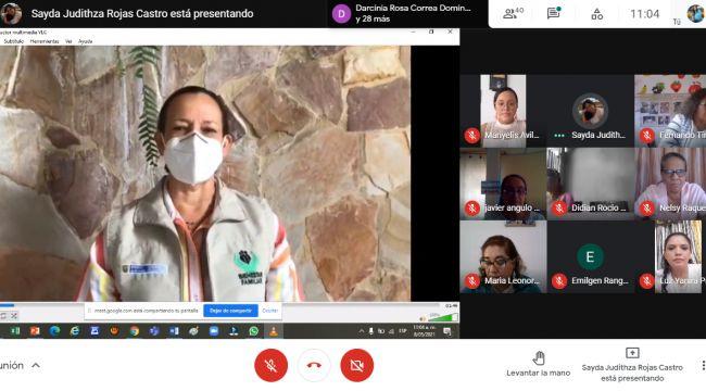 ICBF cualifica a 124 madres comunitarias de Santander