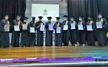 Adolescentes y jóvenes de responsabilidad penal obtienen sus títulos de bachilleres