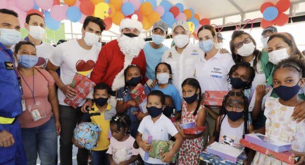 Presidente Duque y Directora del ICBF llevaron la alegría de la Navidad a la niñez de Providencia