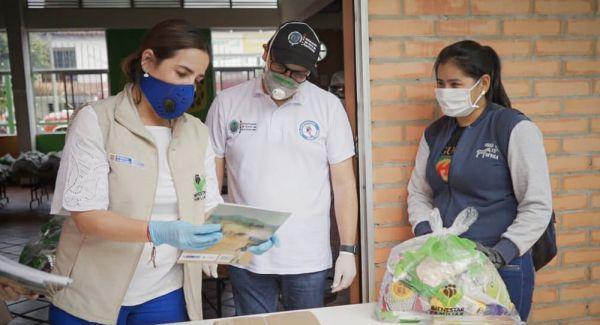 Directora del ICBF verifica entrega de componentes nutricionales y kits pedagógicos en Norte de Santander