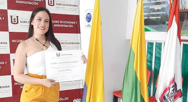 Hija del ICBF recibió su título profesional en Contaduría Pública