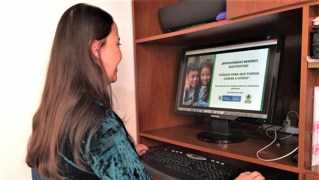 ICBF fortalece en cuidado psicosocial a madres sustitutas de Bogotá