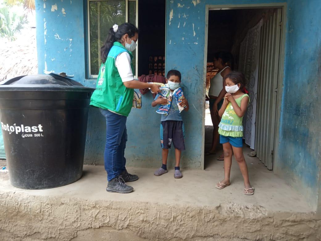 Unidades Móviles del ICBF continúan brindando apoyo a familias desplazadas en Sucre